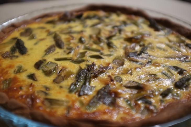 Recette sans gluten de tarte aux asperges et poireaux