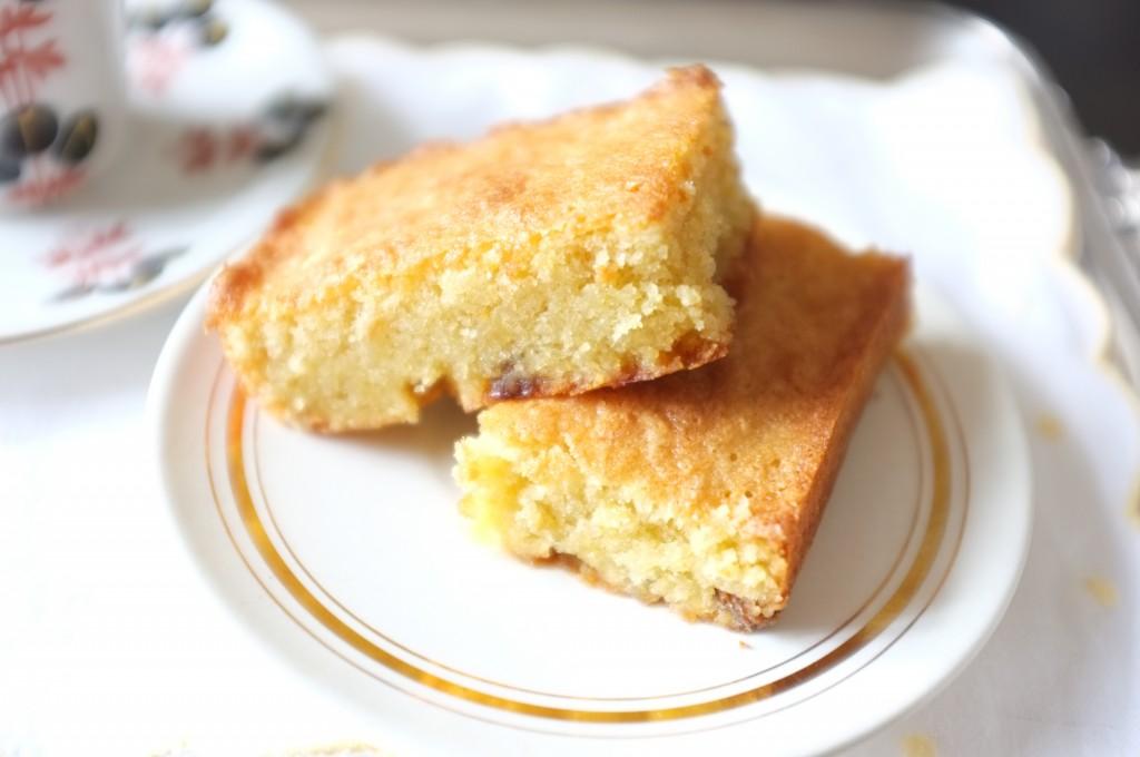 """gâteau """"Pain de Gênes"""" aux raisins aux rhum"""