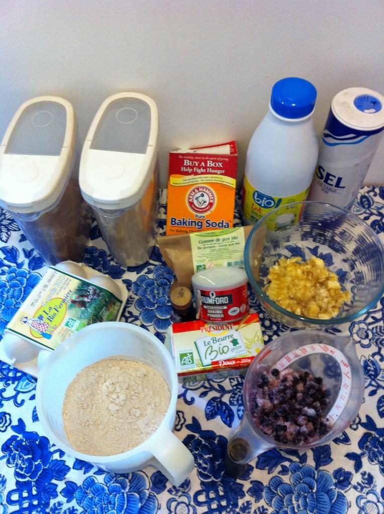 ingredients pour muffins sans gluten banane-myrtille