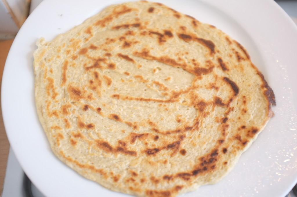 Une tortilla juste cuite à la poêle