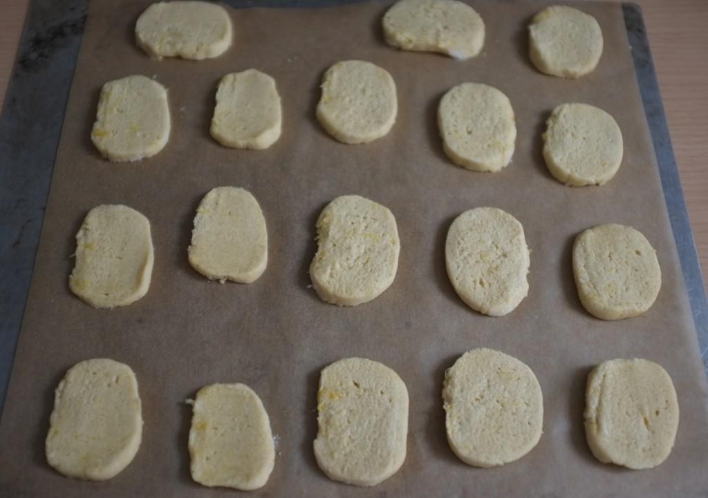 Les biscuits avant d'être enfournés