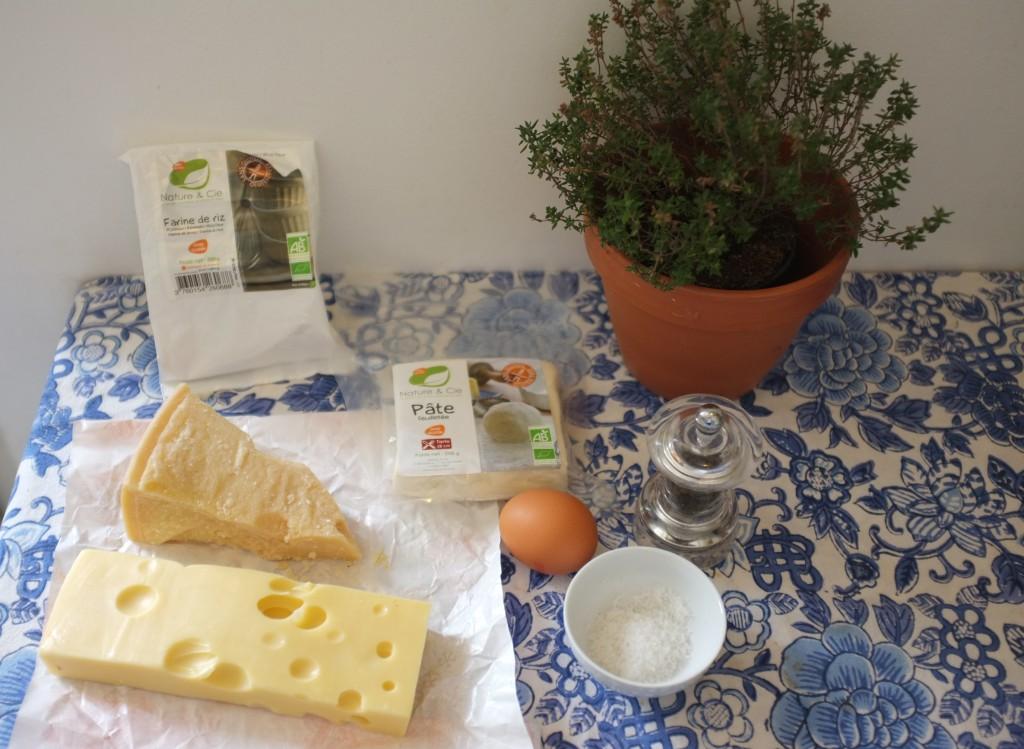Les ingrédients pour les flutes feuilletées aux deux fromages