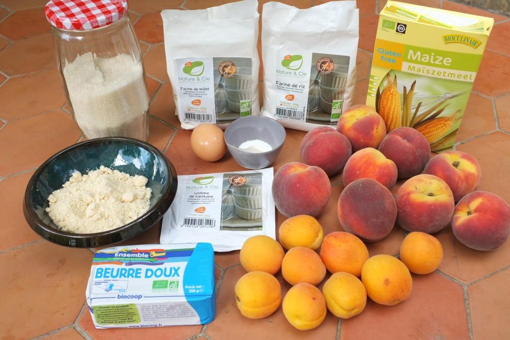 Les ingrédients pour la tarte à la pêche et à l'abricot