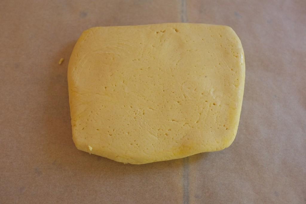 La pâte à la sortie du réfrigérateur