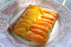 recette sans gluten de tarte à la pêche et à l'abricot