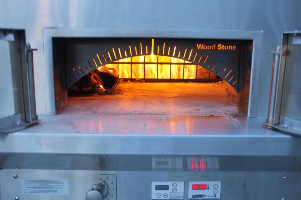 Le four chauffé depuis 2 heures, atteint la température de ....°F = ...°C