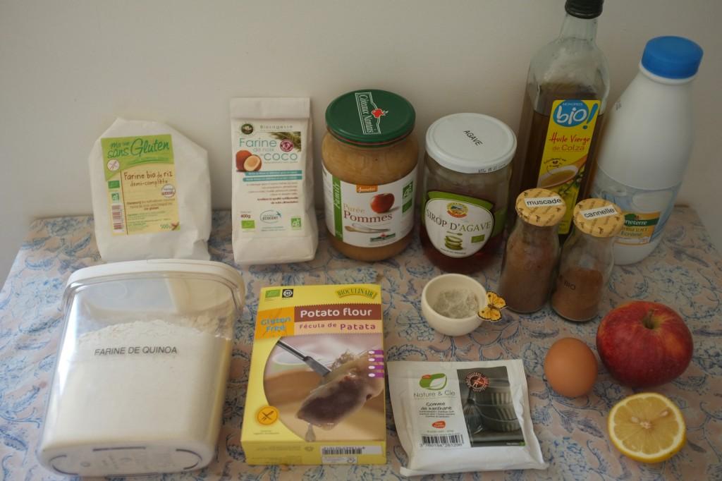 Les Ingrédients pour les pancakes à la pomme. Attention,sur la photo il manque la poudre à lever, et je n'ai finalement pas utilisé le citron...