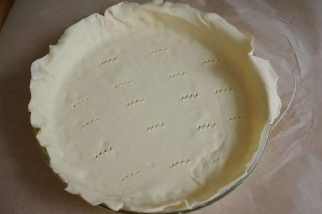 La première pâte feuilletée est pour le fond de l'Apple pie
