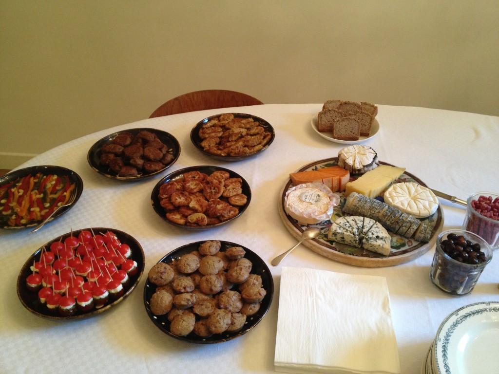 Oui, oui, tout ce délicieux buffet était cuisiné maison et sans gluten...Merci Delphine!