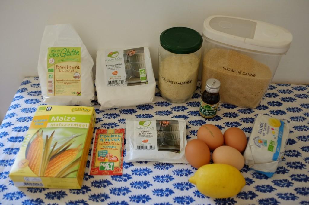 Les ingrédients pour le cake sans gluten de cake au citron