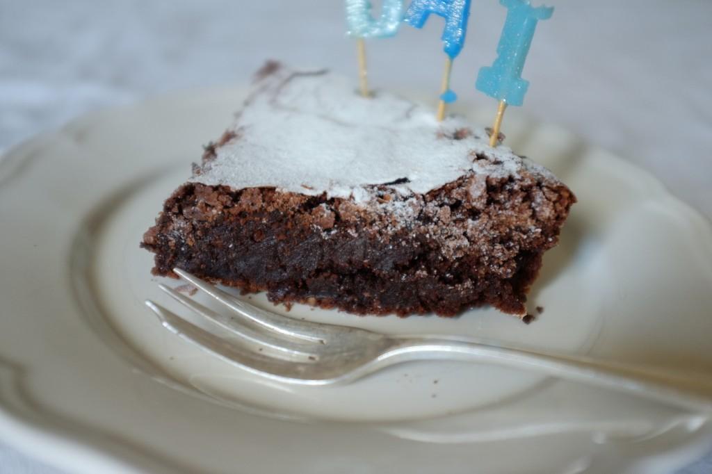 Le brownie chocolat sans gluten de William est croustillant dessus et particulièrement moelleux dedans.