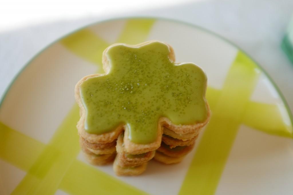 Le trèfle Irlandais en biscuit sans gluten pour la St Patrick