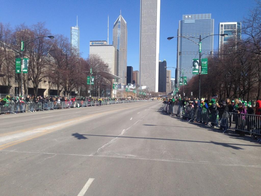 Michigan Avenue, avant la Parade de St Patrick, samedi 15 mars 2014
