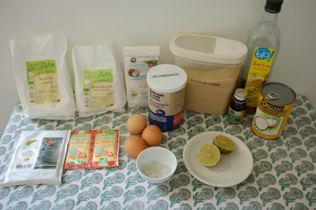 Les ingrédrients sans gluten pour le gâteau à la noix de coco