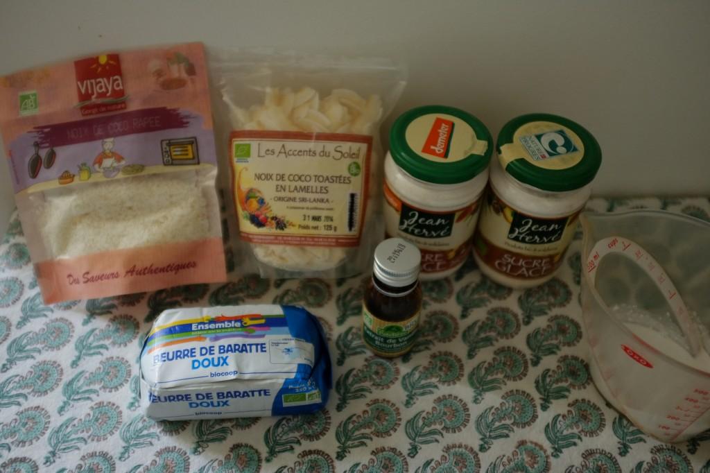 Les ingrédients sans gluten pour la crème au beurre coco et la noix de coco râpée pour la décoration. Je n'est finalement utilisé que la poudre de noix de coco râpé