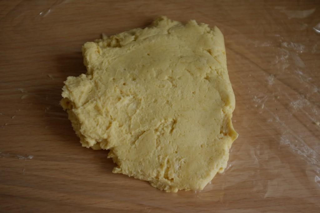 La pâte sans gluten pour la tarte aux fraises