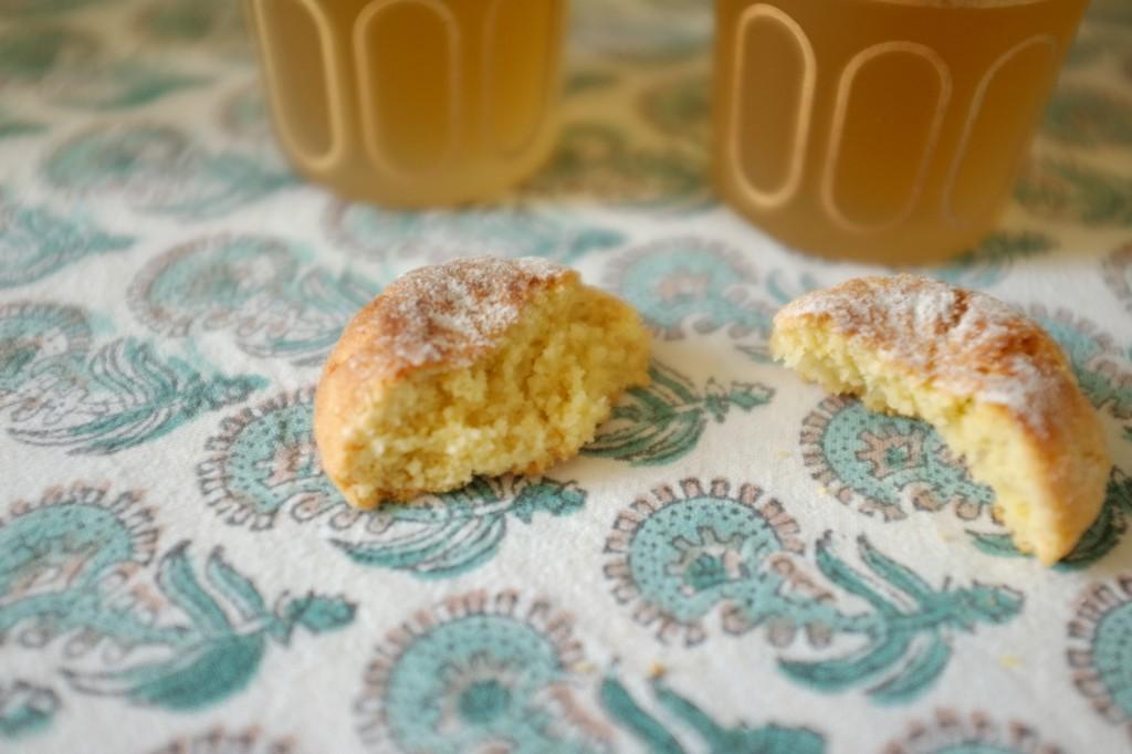 Le Ghriba est un petit gâteau marocain parfumé à la fleur d'oranger