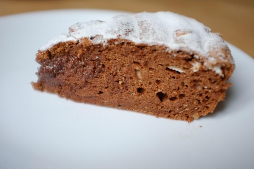 Le gâteau au chocolat sans gluten de Charlotte est léger, mousseaux et chocolaté, une vrai merveille!