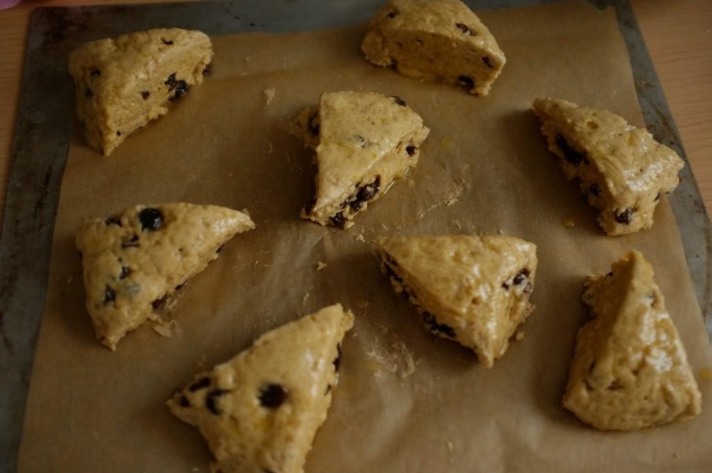 Les scones sans gluten raisin et cannelle avant d'être enfournés