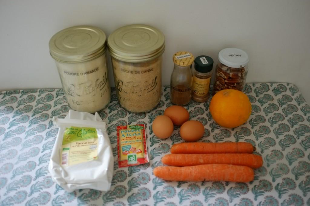 les ingrédients sans gluten pour le gâteau carotte et orange