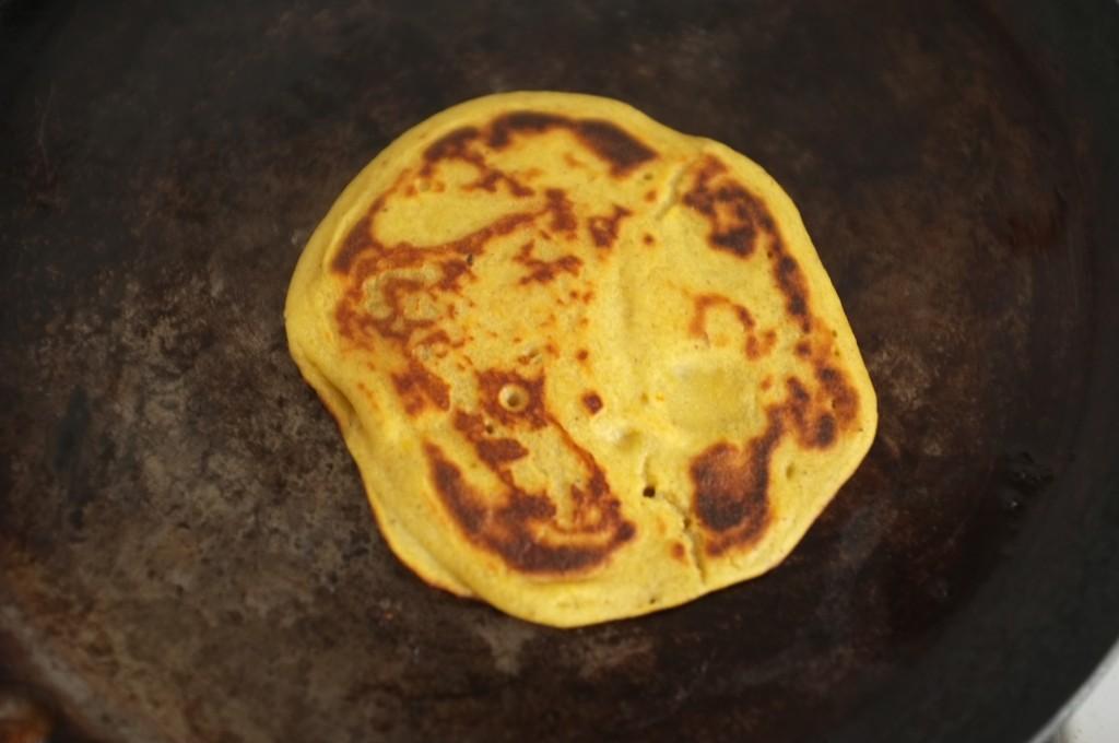 le pancake sans gluten au potiron, juste bien doré