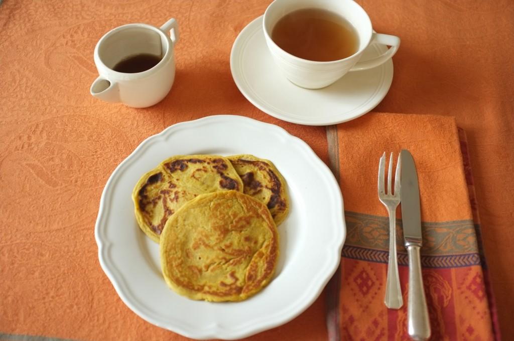 les pancakes sans gluten  au potiron pour notre petit déjeuner après Thanksgiving...