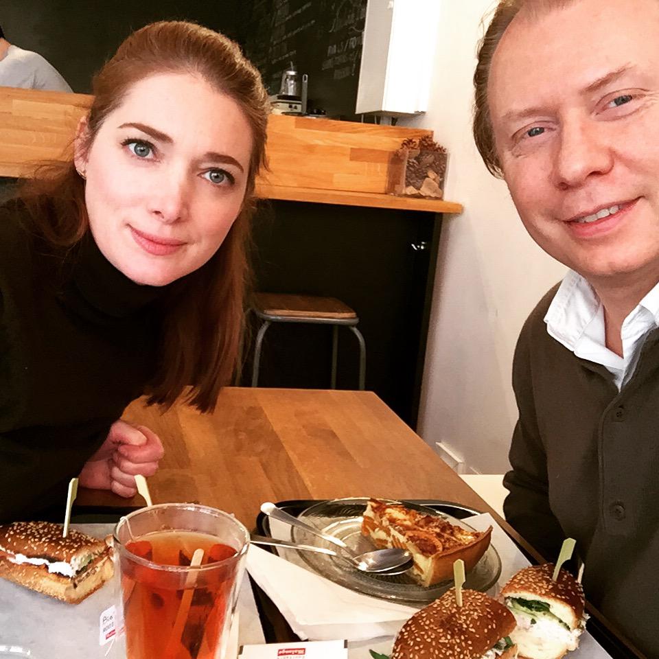 Selfie d'un déjeuner gluten free en amoureux
