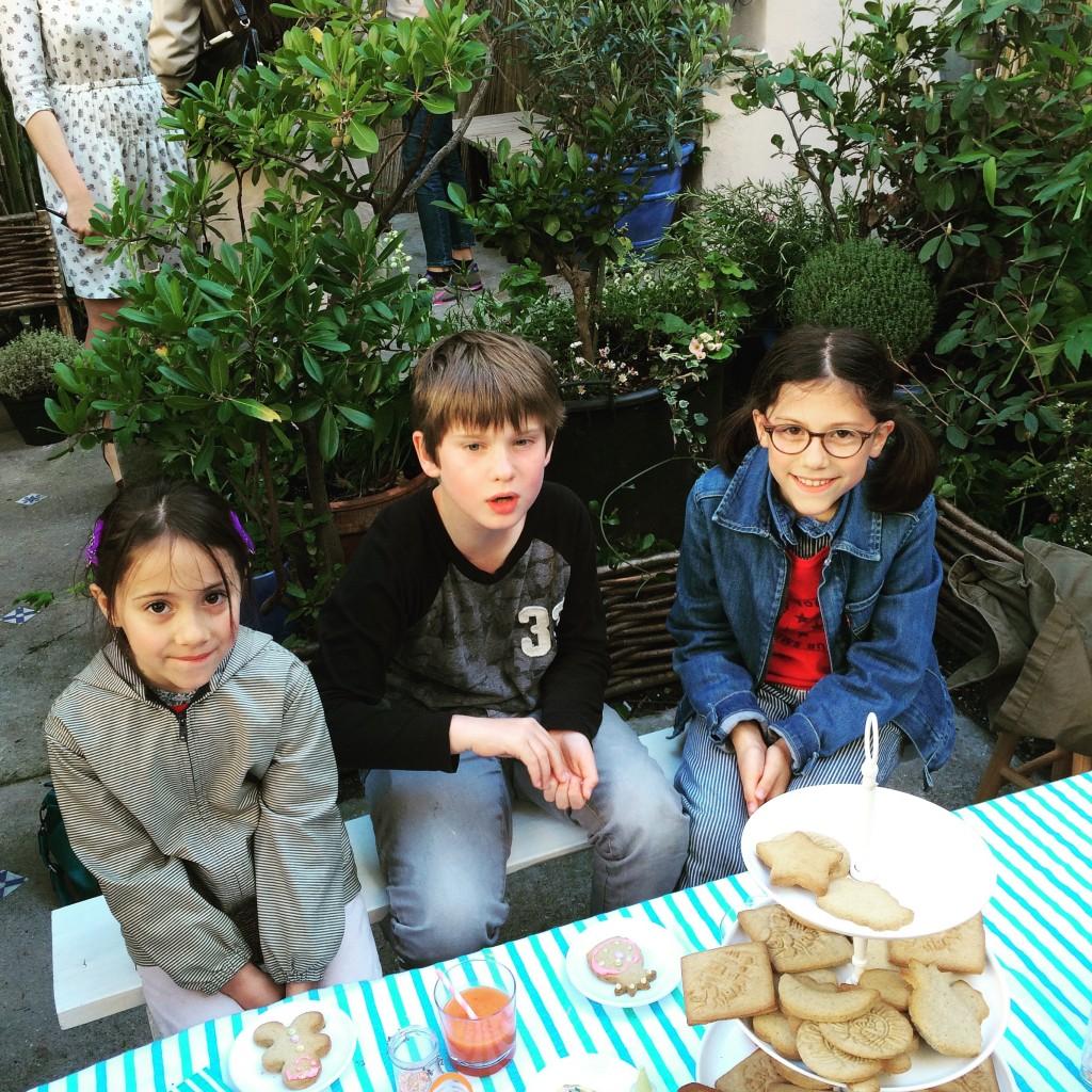 Ceux qui suivent le blog depuis un moment reconaitrons mes assistants préférées: Eugénie, William et Angèle (