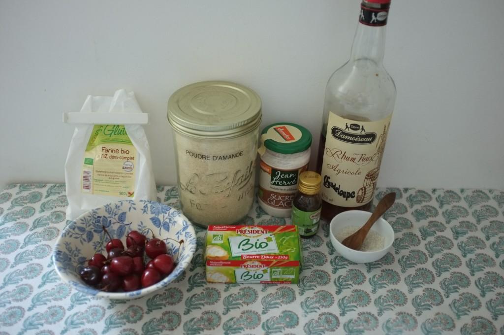 Les ingrédients sans gluten pour les mini-financiers à la cerise
