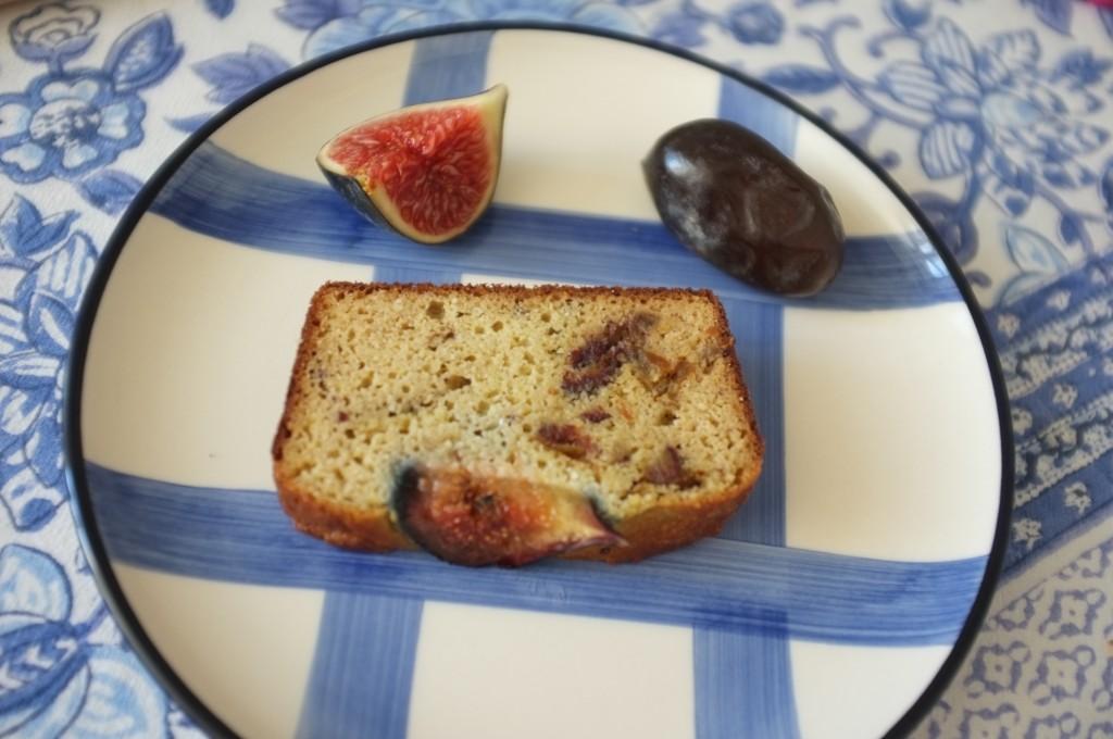 une belle tranche de ce pain moelleux, savoureux et qui sent bon la méditérrannée