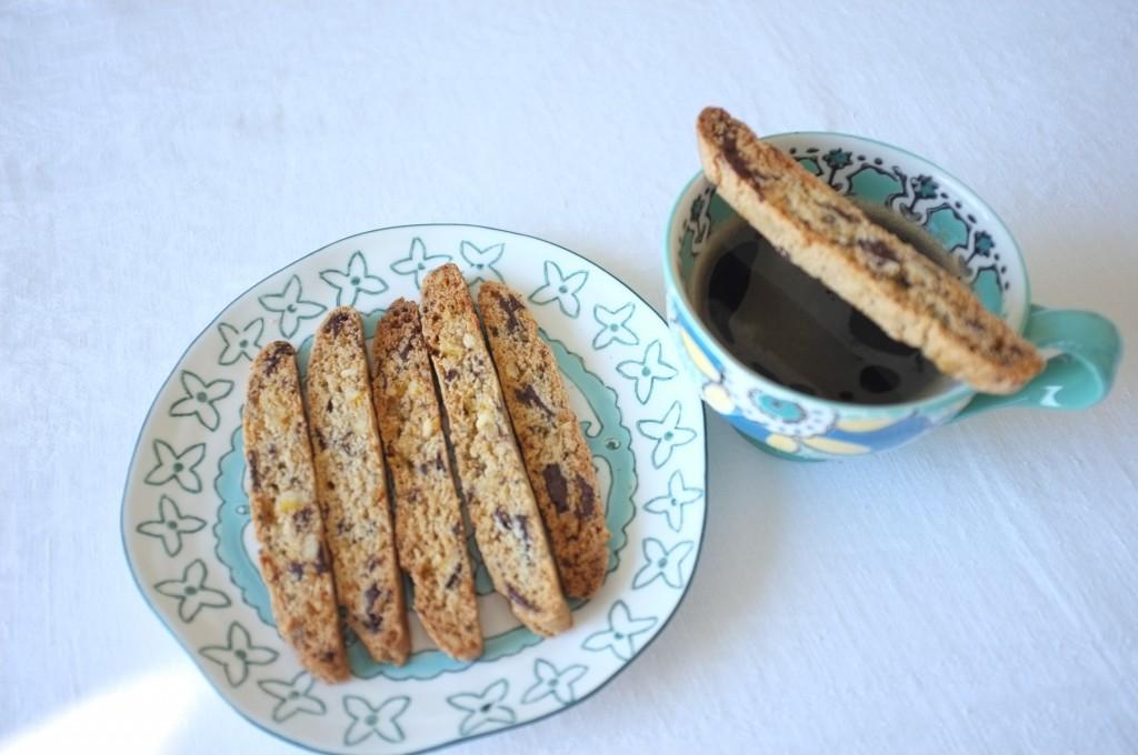 Les biscotti orange confite et chocolat noir pour accompagner le café