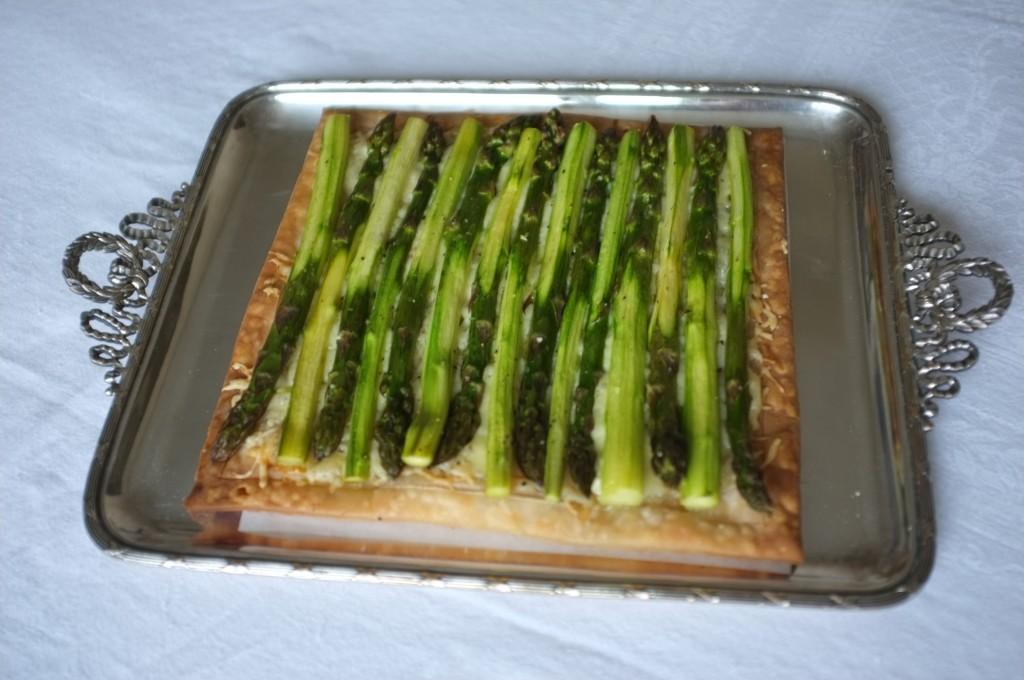 Ma tarte feuilletée au asperge ( cuisinée pendant la saison des asperges, pour la fête des mères 2015)