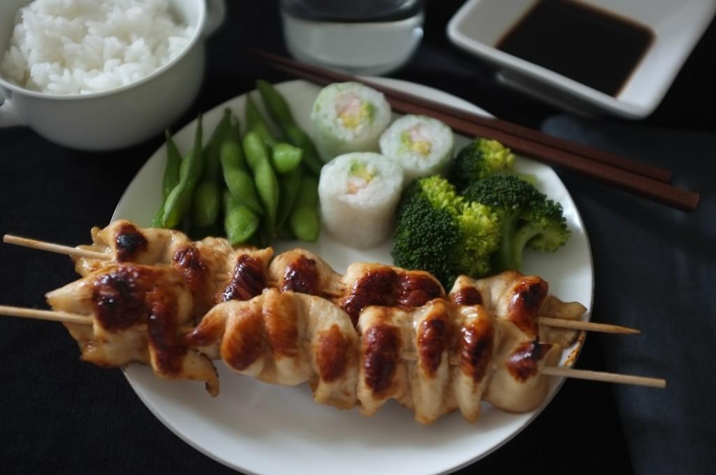 Notre assiette sans gluten de poulet Yakitori
