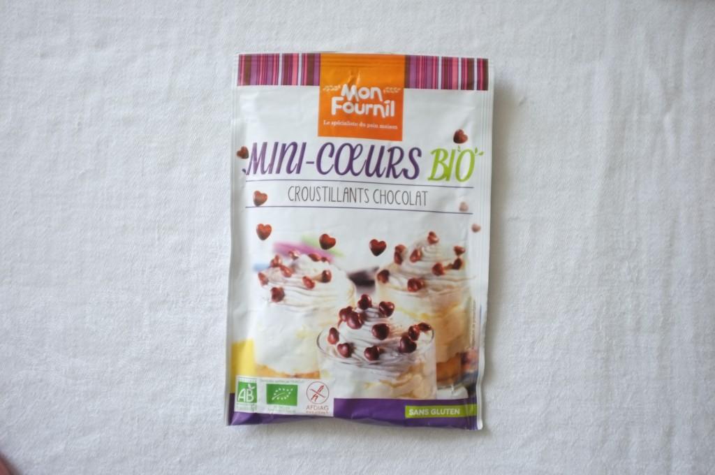 Les mini coeur en chocolat Bio et certifiés sans gluten pour décorer les cupcakes