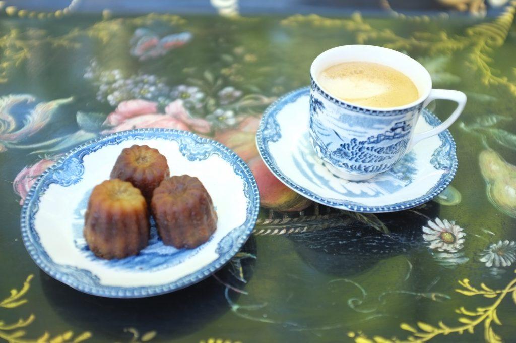 Les mini  cannelés de Bordeaux pour le café