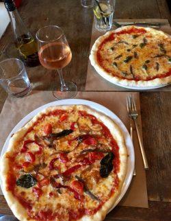 Pizza sans gluten chez Gigi, vieux port de Nice