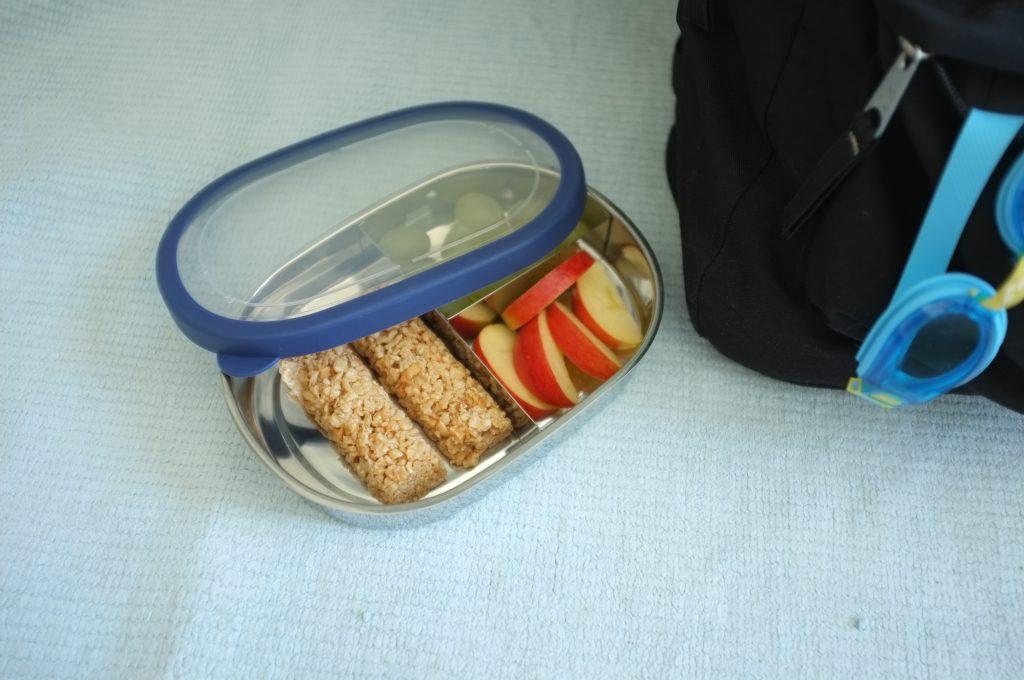 Les barres de céréale à la pomme de Les recettes de Céliane, pour le snack d'après sport de William.