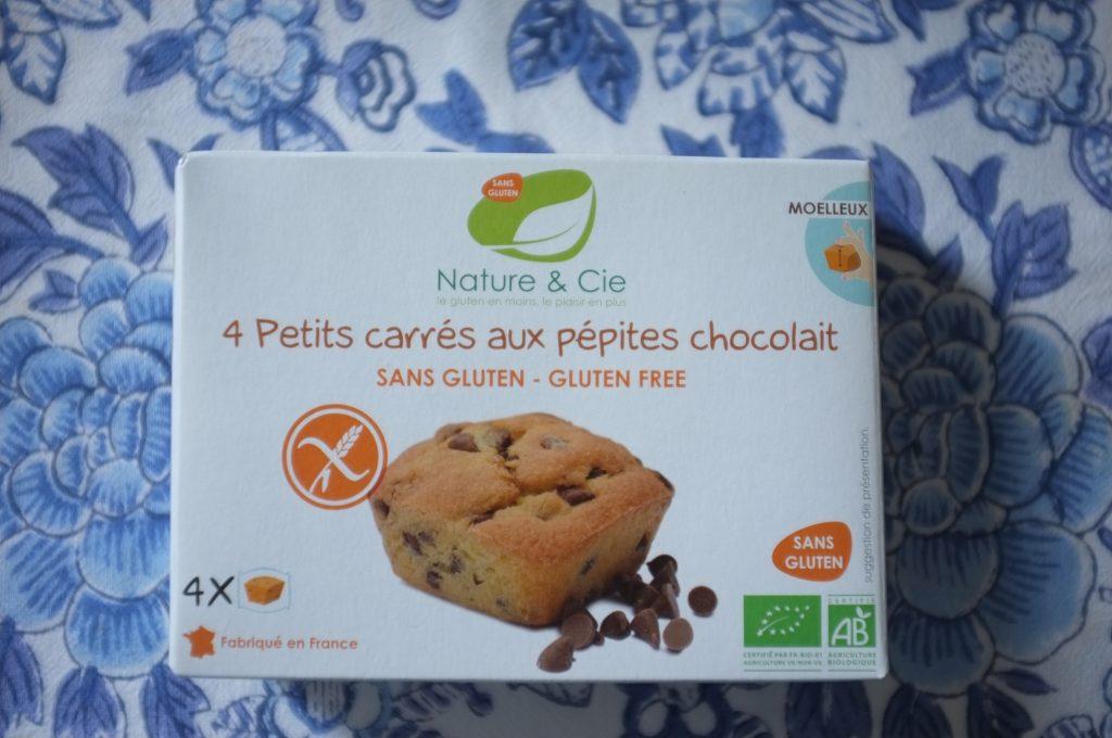Les petits carrés aux pépites de chocolat au lait de Nature et Cie