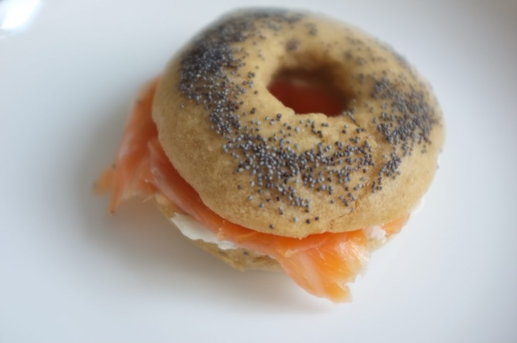 Une petite merveille de bagel sans gluten, d'une belle couleur avec une mie gonflé et bien tendre