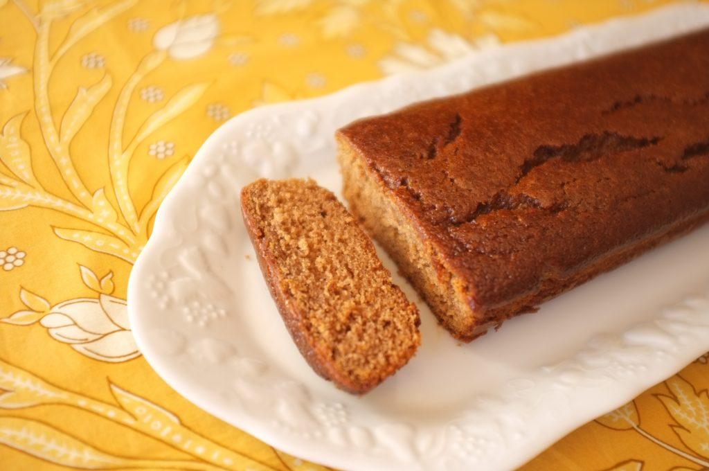Le pain d'épice sans gluten à la farine de châtaigne est particulièrement tendre.