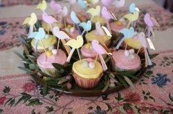 Cupcake vanille sans gluten, glaçage à la rose et au citron