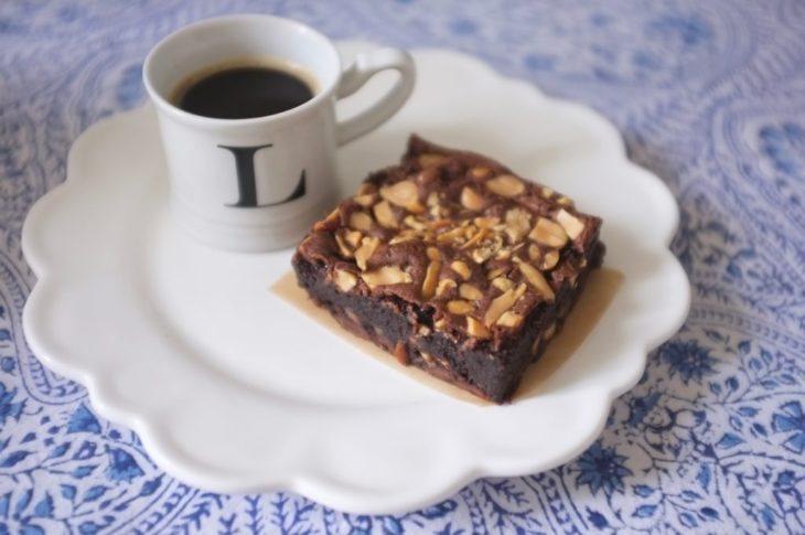 Mon brownie fondant sans gluten aux cacahouètes