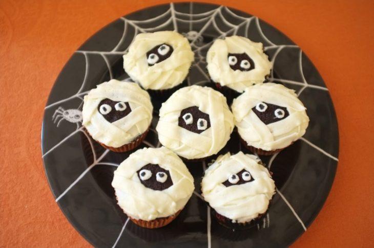 Sans gluten, mes cupcakes momies pour Halloween