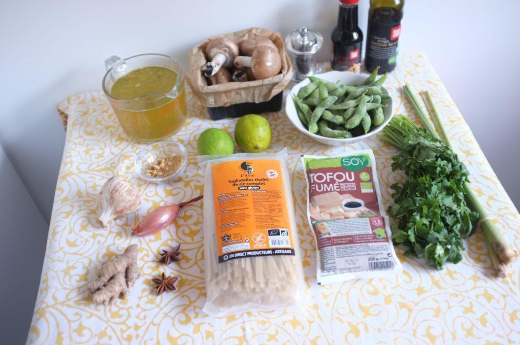 Les ingrédients sans gluten pour la soupe Pho vietnamienne